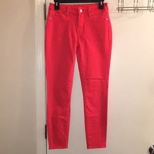 NWOT BRIGHT RED MIDRISE SKINNY JEANS SIZE 26